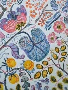 Josef Frank Textiles Always beautiful. Motifs Textiles, Textile Patterns, Textile Prints, Textile Design, Print Patterns, Colorfull Wallpaper, Fabric Wallpaper, Josef Frank, Surface Pattern Design