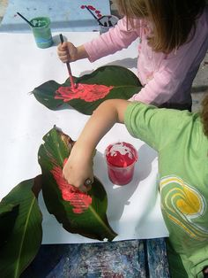 painting on leaves - - Pinned by #PediaStaff.  Visit http://ht.ly/63sNt for all our pediatric therapy pins