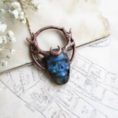 Skull Necklace - Crystal skull - Witch necklace - Horned skull - Labradorite necklace - Occult jewelry - Stone skull - Copper crystal