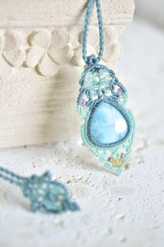 ラリマーマクラメペンダントj - 旅する天然石とマクラメアクセサリーのお店 Macrame Jewelry MANO