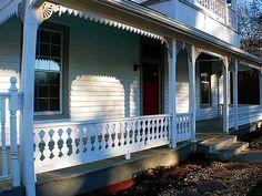 Historic Acworth Charmer, Front Porch