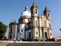 Santuario do Sameiro - A questo link i due santuari vengono descritti. http://bragapatrimonio.blogspot.com/p/santuario-do-sameiro-santuario-do-bom.html
