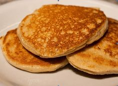 @JB!  These easy pancakes are fun to make and only amount to 2.8 net carbohydrates per entire recipe.
