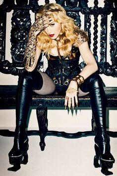 Madonna 2013 Fashion Shoot – Madonna Fall 2013 Fashion Editorial - Harper's BAZAAR (a Terry Richardson photo shoot I actually like. Terry Richardson, Madonna 2015, Madonna Mode, Madonna Hair, Madonna Albums, Madonna Pictures, Divas, Harpers Bazaar, Fashion Shoot