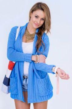 Sveter Ariana v modrom prevedení