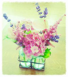 Vers geplukte bloemen uit de tuin! Wie wordt daar niet vrolijk van.  Home SWEET Home