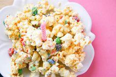 Bakergirl: Birthday Cake Popcorn.