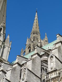 Chartres Cathedral Architectural Features, Barcelona Cathedral, France, Architecture, Building, Travel, Arquitetura, Viajes, Buildings