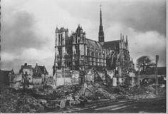 Amiens bombardée
