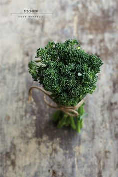 Broccolini - Cook Republic styling that elevates the food and creates something Fruit And Veg, Fruits And Veggies, Green Veggies, Food Photography Styling, Food Styling, Chefs, Pureed Food Recipes, Food Design, Food Pictures