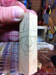 """Carving a Santa Ornament"" Starting out - Dremel Projects Ideas Simple Wood Carving, Wood Carving Faces, Dremel Wood Carving, Wood Carving Designs, Wood Carving Patterns, Wood Carving Art, Wood Patterns, Wood Art, Henna Patterns"
