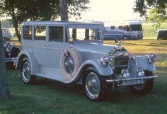 1928 Pierce-Arrow 4 door..Re-Pin Brought to you by #houseofinsuranceEugene