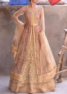 Are you a sister of a bride-to-be? Wondering what outfit styles will work for you best? Then these 11 sisters bride outfit styles will give you all the idea Pakistani Gowns, Pakistani Wedding Outfits, Indian Gowns, Pakistani Dress Design, Indian Outfits, Indian Wear, Indian Style, Pakistani Culture, Indian Lehenga