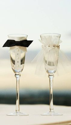 Campaign glasses for wedding