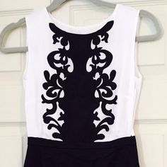 HM black and white dress Great dress, worn only once, excellent condition H&M Dresses