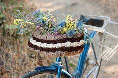 Knitted Bike Basket