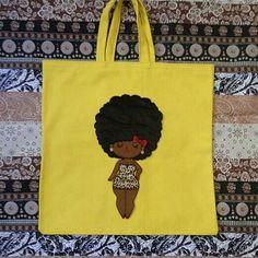 Bolsa Ecobag, toda artesanal, confeccionada em tecido 100% algodão, customizadas em varios modelos. Material utilizado: Tecido chita, Feltro, Lã.