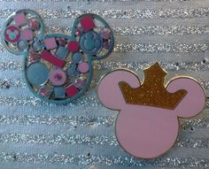 Mickey Mouse Icon Disney Pins (2)