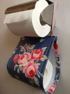 Tissue holder #leftoverfabric