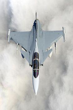 Wonderful photo of #JAS 39 #Gripen by Air Photographer Katsuhiko Tokunaga