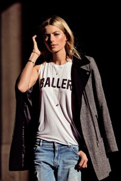 Jessica hart Supermodel photoshoot Supermodel Jessica Hart showed off her serious style wearing Stylestalker