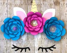 New Post wall decoration with paper flowers visit Bobayule Trending Decors Backdrop Decorations, Flower Decorations, Backdrops, Paper Flower Arrangements, Paper Flowers Diy, Flower Diy, Diy Paper, Unicorn Lashes, Unicorn Face