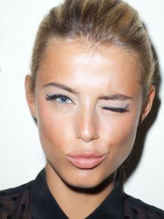 Geniş Gözeneklere Nasıl Makyaj Yapılır?  #cilt #makyaj