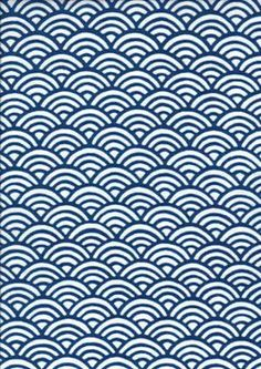 Seigaiha (wave crest pattern) This pattern brings to us the thoughts of large waves of the wild ocean. The continuing gentle waves laid out in a regular pattern Japanese Icon, Japanese Waves, Japanese Patterns, Japanese Prints, Japanese Art, Japan Design, Boho Pattern, Wave Pattern, Pattern Design