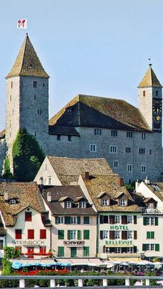 Rapperswil Beautiful World, Beautiful Places, Beautiful Pictures, Great Places, Places To See, Places Around The World, Around The Worlds, Europe, Swiss Alps