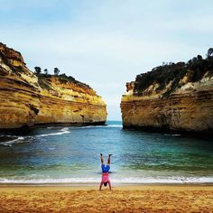 Having a fun time driving along the Great Ocean Road to the 12 Apostels and all sights along the road  #tourguidekai #photographwenny #roadtrip #lochardgorge #greatoceanroad #12apostles #victoria #melbourne  #australia #ig_australia #wanderlust #instatravel #backpacking #travel  #photooftheday #picoftheday  #tourism #handstand #beach #footstepsoftimo by footstepsoftimo http://ift.tt/1ijk11S