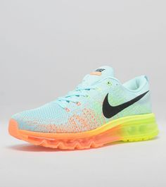 Nike Women's Flyknit Max... I promise to run more often if I have these beauties!
