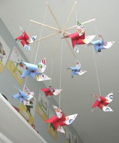 I love these DIY mobiles.