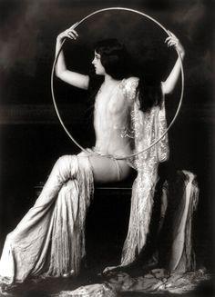 Zigfield Follies girl | 1920s flapper.