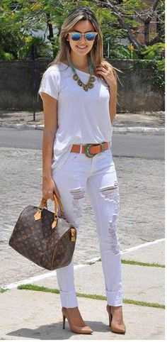 New fashion guide 25 Fantastic Black&White Outfits To Try Now is here.I hope, that you will love these outfits. White Jeans Outfit, White Outfits, White Pants, Stylish Outfits, Summer Outfits, White Fashion, Look Fashion, Fashion Outfits, Womens Fashion