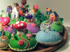 images about Needle Felting Felt Pincushions