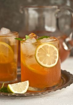 home-made ice tea with ginger, mint and lemon | Drizzle and Dip #drinks