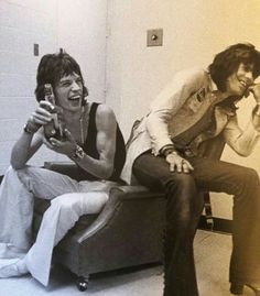 The Rolling Stones. Classic Tv, Classic Rock, Waiting On A Friend, Rolling Stones Logo, Moves Like Jagger, Rock Groups, Rockn Roll, Rock Legends, Keith Richards