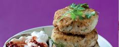 Asian Fish Cakes with Chilli Mayonnaise Supper Recipes, Mayonnaise, Salmon Burgers, Seafood Recipes, Food And Drink, Asian, Fish, Cakes, Ethnic Recipes