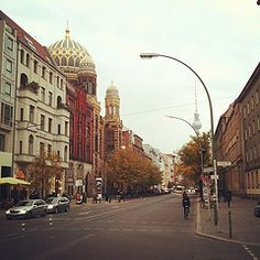 Oranienburger Stasse #Berlin Mitte with the New Synagogue.  I lived just down and across Skalitzerstrasse from there.