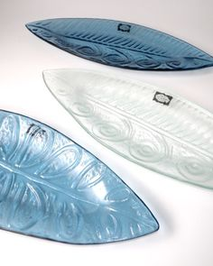 A beautiful centre piece for the Christmas table. A Pacific Canoe Platter.  Glassware New Zealand Glass