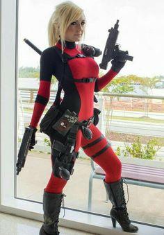Jessica Nigri as Lady Deadpool cosplay Lady Deadpool, Deadpool Cosplay, Cosplay Anime, Cosplay Marvel, Cosplay Girls, Female Deadpool, Deadpool Funny, Jessica Nigri Cosplay, Amazing Cosplay