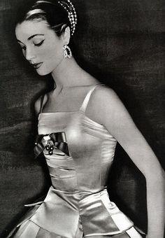 Nancy Berg in Dior, 1954.
