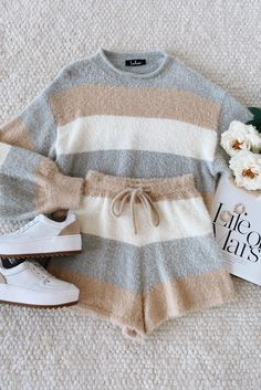 Really Cute Outfits, Cute Lazy Outfits, Girly Outfits, Pretty Outfits, Stylish Outfits, Cool Outfits, Girls Fashion Clothes, Teen Fashion Outfits, Outfits For Teens