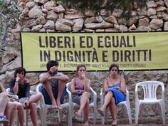 lampedusa-campeggio-Amnesty_International.jpg (500×375)