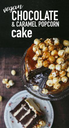 Chocolate Caramel Popcorn Cake #Vegan #Dairyfree Brownie Desserts, Oreo Dessert, Mini Desserts, Coconut Dessert, Chocolate Desserts, Vegan Dessert Recipes, Healthy Desserts, Cake Recipes, Eggless Recipes