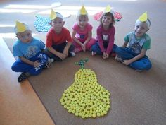 Autumn Activities For Kids, Craft Projects For Kids, Autumn Art, Diy And Crafts, Kindergarten, Classroom, Kids Rugs, School, Health Education
