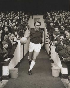 Jimmy Greaves playing for West Ham United - 3 April 1971