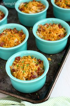 Make-Ahead Cheesy Hash Brown Cups with Bacon and Chives from afarmgirlsdabbles.com