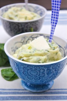 Spinach Mashed Potatoes Bearden Bearden Bearden Wendt For Soft Food Diet / Tooth Extraction. I might skip the cream-cheese but this sounds good - could use kale instead of spinach, too. I Love Food, Good Food, Yummy Food, Yummy Yummy, Tasty, Braces Food, Cooking Recipes, Healthy Recipes, What's Cooking