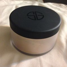 Studio Gear face & body shimmer powder Perfect shimmer for summer! In color champagne wishes which is a fantastic way to describe it. Used only once! Loose powder. Studio Gear Makeup Luminizer